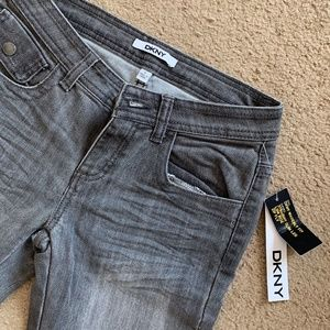 DKNY Jeans NWT Slim Fit Jeans
